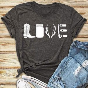 """Country Girl Love"" T-Shirt"