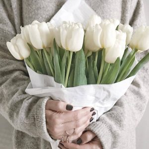 12 Real Touch Tulip Bouquet
